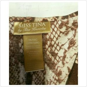 Miss Tina Tops - Sold💋Miss Tina Womens Plus size 3X stretch blouse